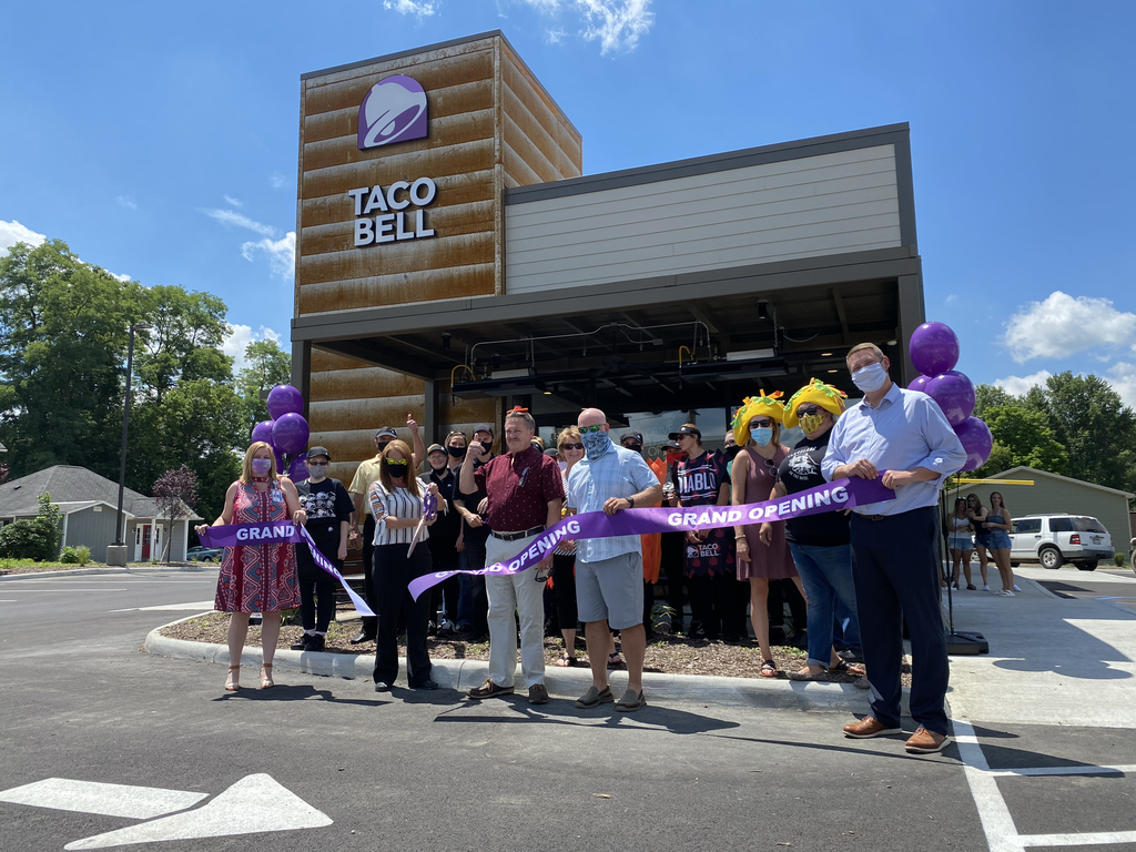 Taco Bell ribbon cutting